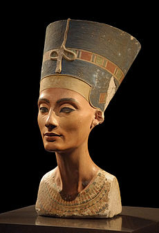 http://archeonews.ru/wp-content/uploads/2012/04/nefertiti.jpg